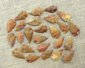 25 stone arrowheads sandalwood reproduction arrow heads sw25