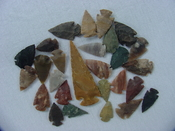 25 Reproduction arrowheads Plus 3 1/4 inch Spearhead x244