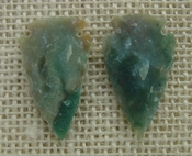 1 pair arrowheads for earrings stone green replica point ae62