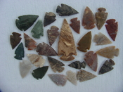 25 Reproduction Arrowheads Plus 2 1/2 inch Spearhead x246