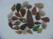 25 Reproduction arrowheads Plus 3 1/4 inch Spearhead x236