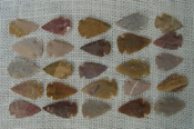 25 brown & tan reproduction arrowheads fl1