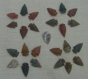 25 mini arrowheads tiny natural stone replica arrow points mt1