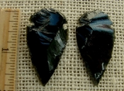 Pair of obsidian arrowheads for making custom jewelry ae172