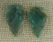 1 pair arrowheads for earrings stone green replica point ae70